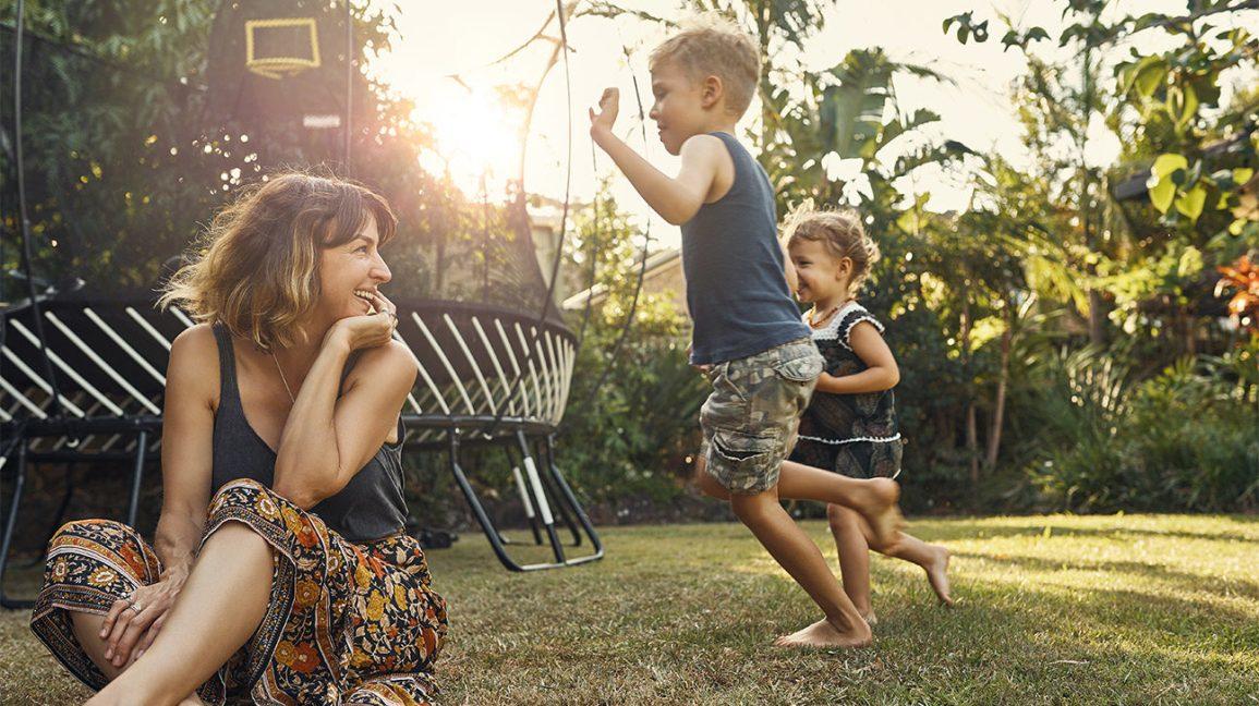 mom-kids-playing-backyard-happy-1296x728-header-1296x728